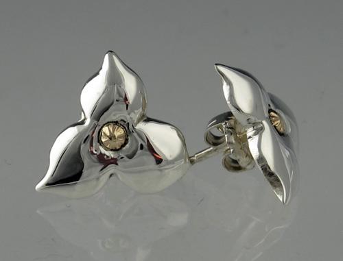 Trillium 'Tiny' Post Earrings | Mary Ann Archer