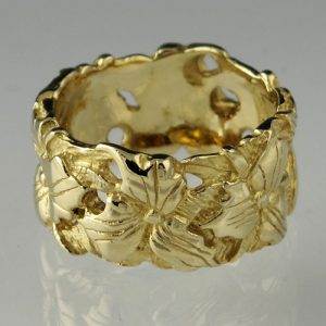 Trillium Band Ring | Gold Trillium Ring | Mary Ann Archer