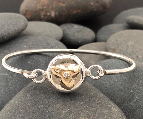 Trillium Diamond Latch Bracelet | Trillium Jewelry Collection Mary Ann Archer